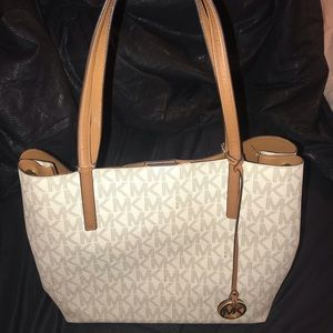 Real Micheal kors large handbag